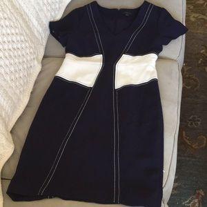 Ann Taylor dress in size 4
